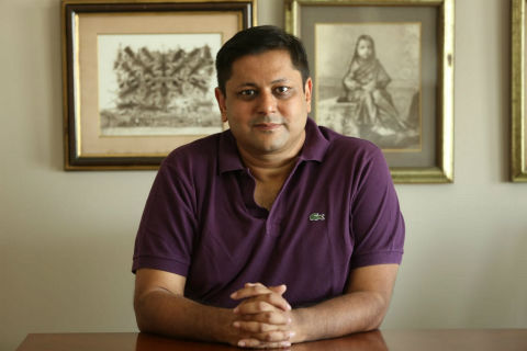 Manoj Jain | Author Of - A Man From Mandu